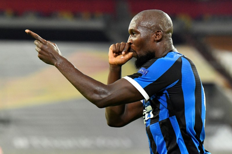 Inter Milan's Romelu Lukaku celebrates scoring their second goal during their Europa League Quarter Final match between Inter Milan and Bayer Leverkusen, at Merkur Spiel-Arena, in Dusseldorf, Germany, on August 10, 2020, as play resumes behind closed doors following the outbreak of the coronavirus disease (COVID-19). Photo:  Pool via Reuters