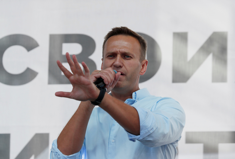 Russian opposition leader Alexei Navalny addresses demonstrators during a rally in support of independent candidates for elections to Moscow City Duma, the capital's regional parliament, in Moscow, Russia July 20, 2019. Photo: Reuters/File