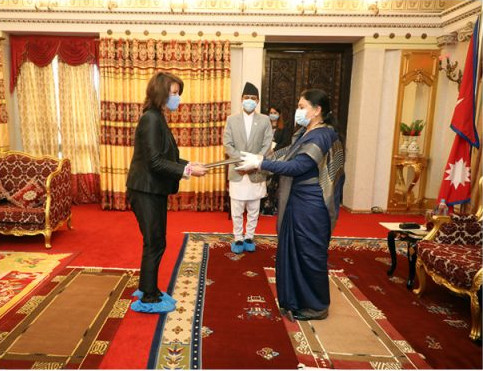 Nona Deprez, newly appointed Ambassador and Head of the delegation of the European Union to Nepal, Nona Deprez, presenting her credentials to President Bidhya Devi Bhandari at a special function organised at the Office of the President on Sunday September 27, 2020. Photo Courtesy: presidentofnepal.gov.np