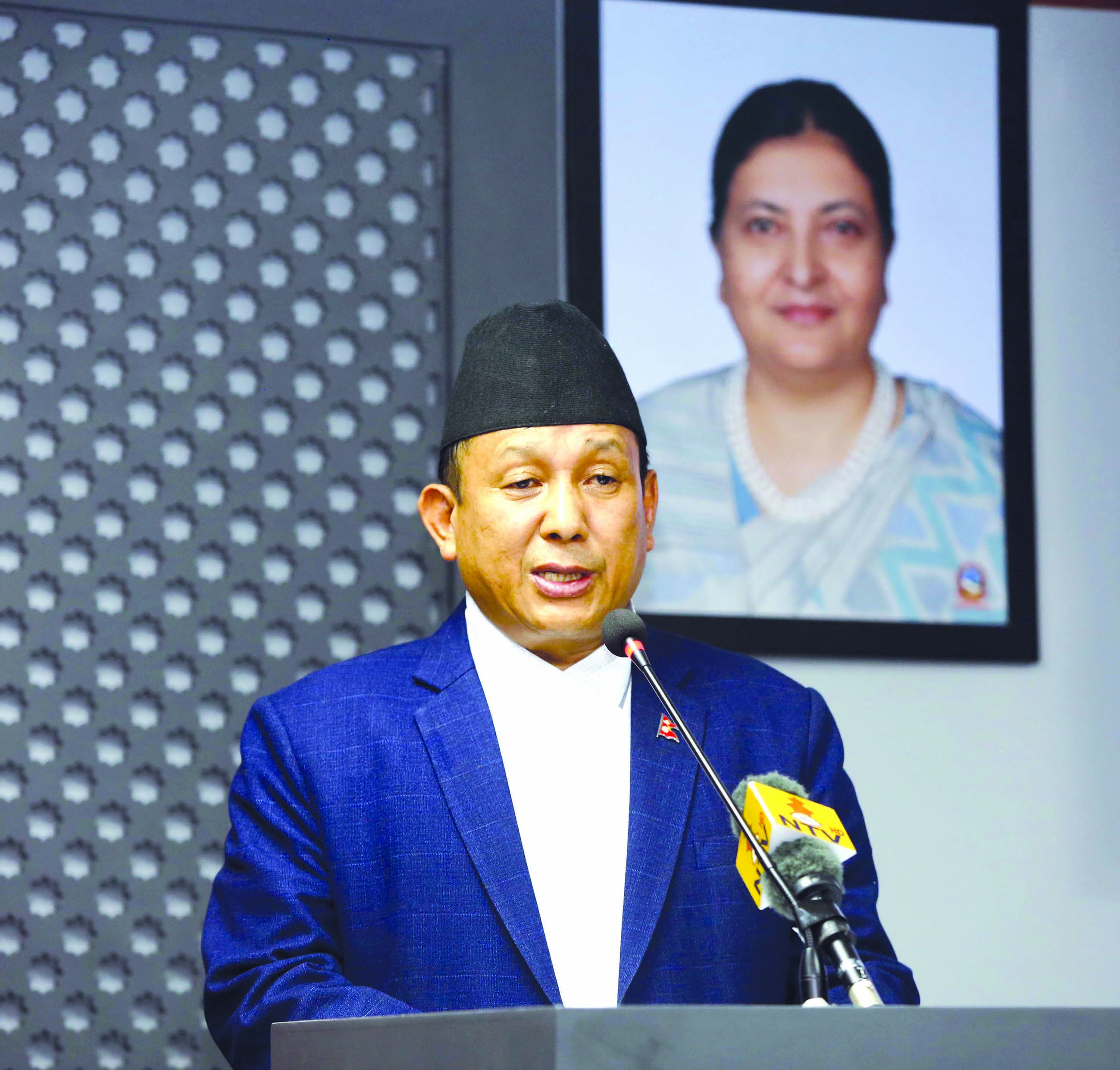Minister of Information and Communications and government Spokesperson Parvat Gurung making Cabinet decisions public in Kathmandu, on Monday. Photo: RSS