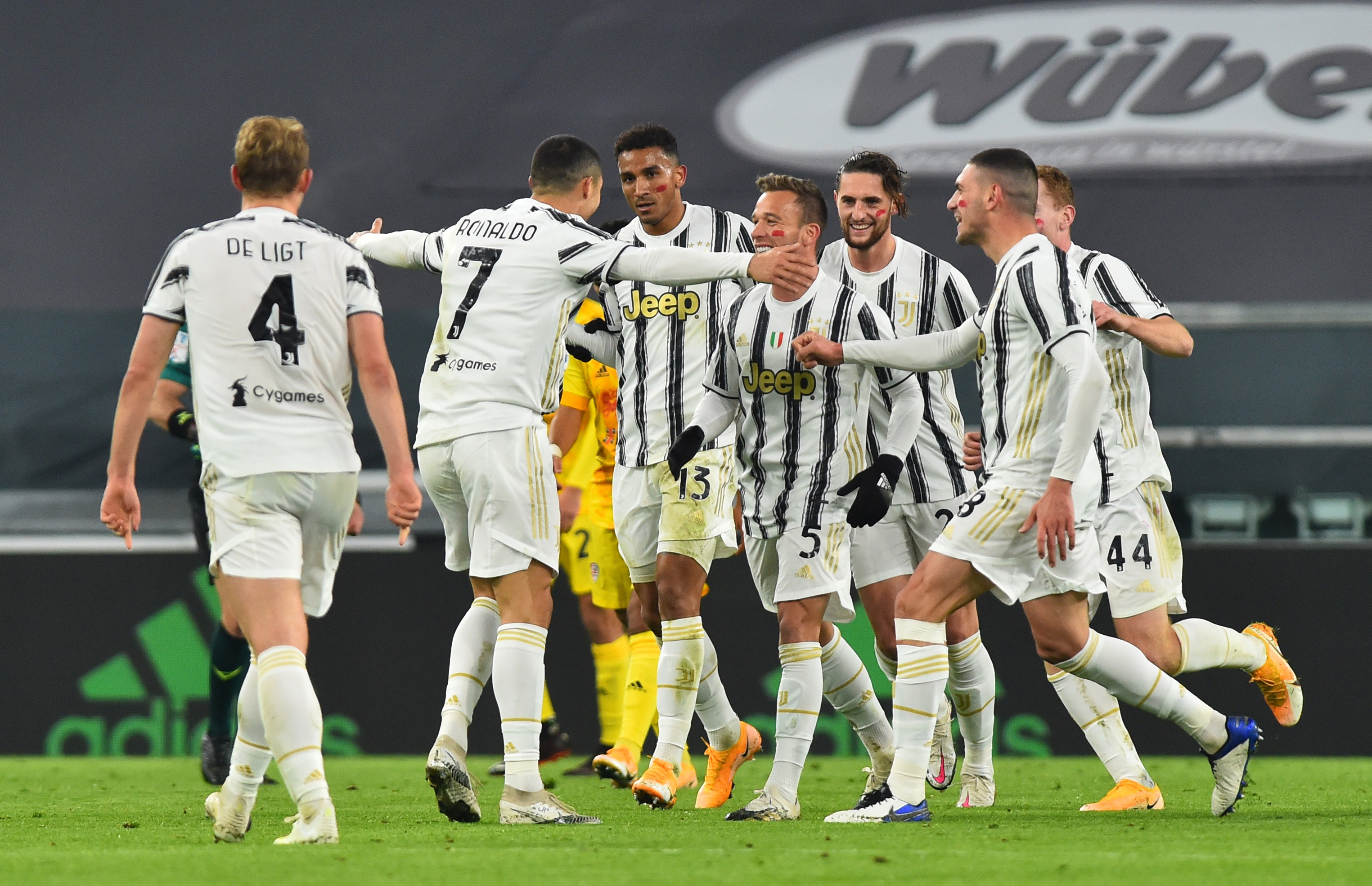 Juventus' Cristiano Ronaldo celebrates scoring their first goal with teammates. Photo: Reuters