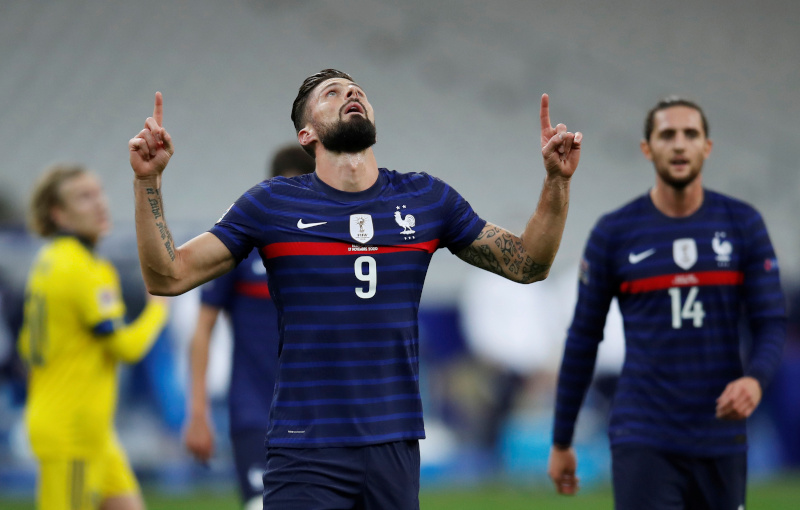 France's Olivier Giroud celebrates scoring their first goal during UEFA Nations League Group C match between France and Sweden, at Stade de France, in Saint-Denis, France, on November 17, 2020. Photo: Reuters