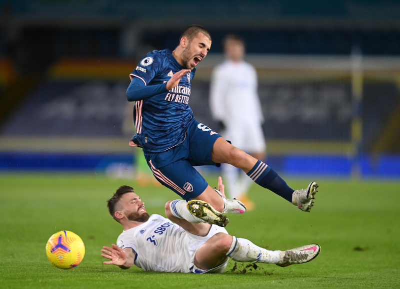 Leeds United's Stuart Dallas in action with Arsenal's Dani Ceballos during their Premier League match at Elland Road, in Leeds, Britain, on November 22, 2020. Photo: Pool via Reuters