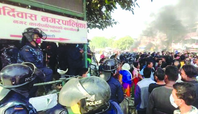 Locals staging a protest against the rape and murder of a six-year-old girl at Bardibas, Mahottari, on Tuesday. Photo: THT