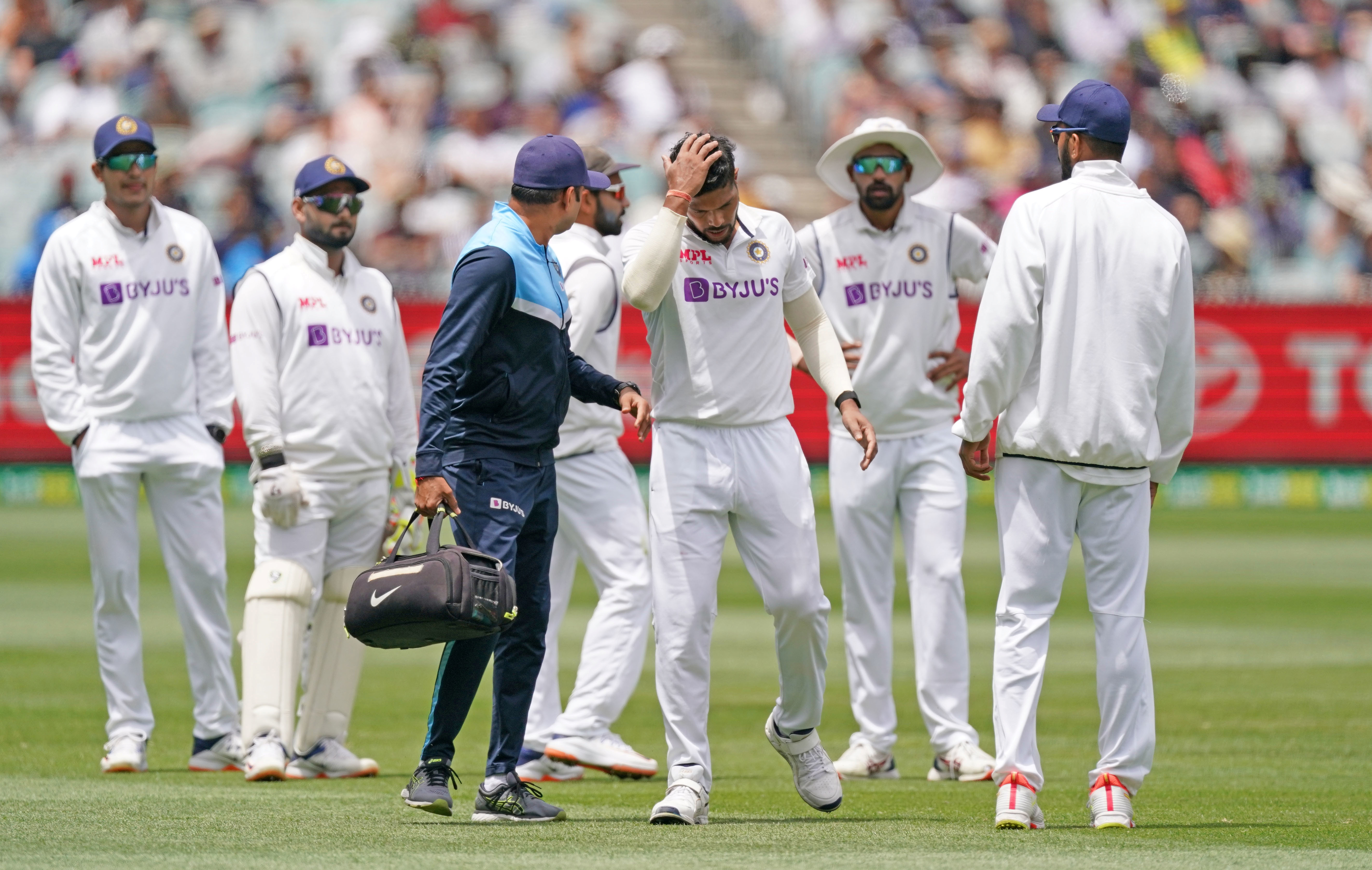 India's Umesh Yadav leaves the field injured during day three of the second test match between Australia and India at The MCG, Melbourne, Australia, December 28, 2020. Photo: Reuters