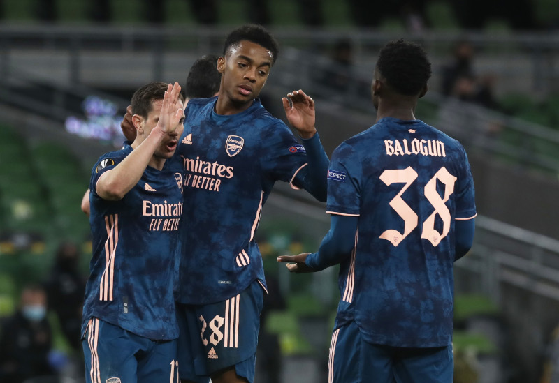 Arsenal's Joe Willock celebrates scoring their third goal with teammates during the Europa League Group B match at Dundalk and Arsenal, at Aviva Stadium, in Dublin, Ireland, on December 10, 2020. Photo: Reuters
