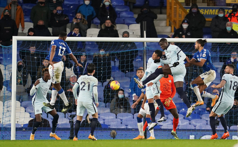 Chelsea's Thiago Silva and Chelsea's Kurt Zouma in action with Everton's Dominic Calvert-Lewin during the Premier League match between Everton and Chelsea, at Goodison Park, in Liverpool, Britain, on December 12, 2020 Pool via Reuters