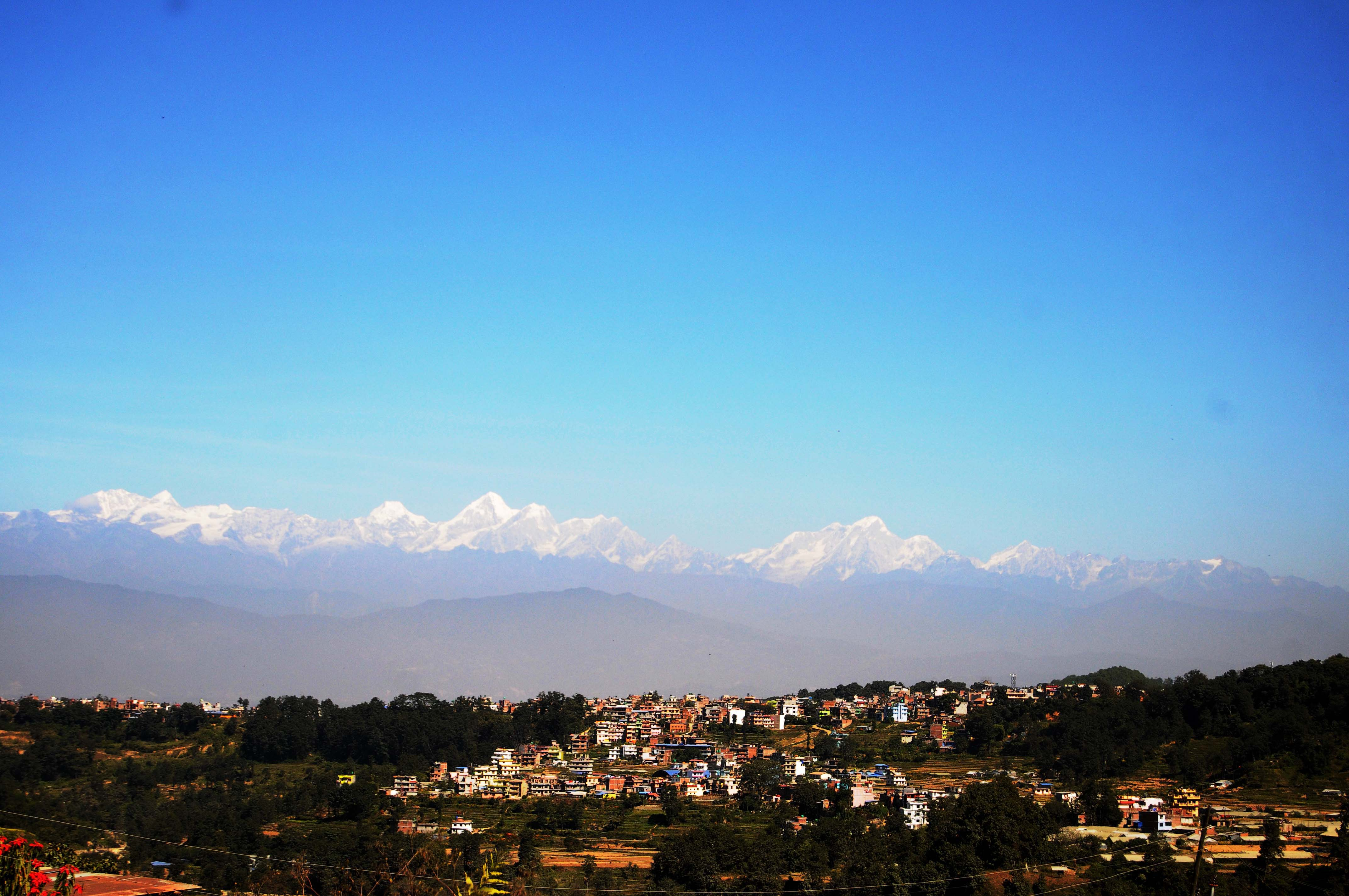 A view of Chapagaun area with mountains covered in fog due to pollution is clicked from Itati, Lalitpur. PHOTO: BALKRISHNA THAPA CHHETRI