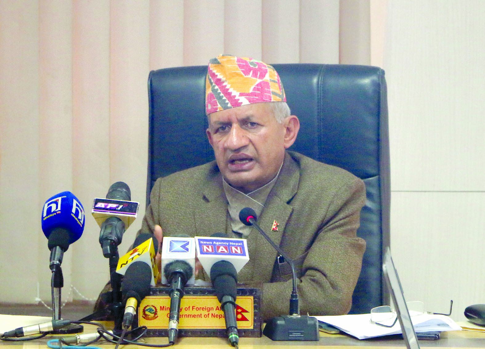 Minister of Foreign Affairs Pradeep Gyawali making public the new integrated foreign policy that was endorsed by the Cabinet on October 20, in Kathmandu, on Sunday. Photo: RSS