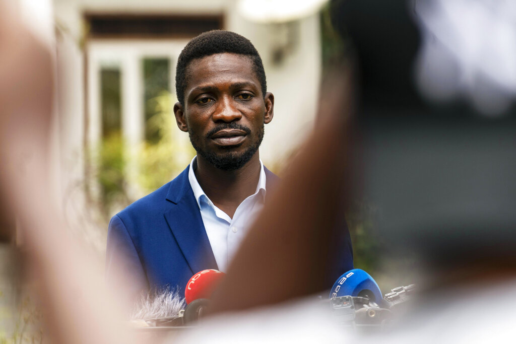 Uganda's leading opposition challenger Bobi Wine giving a press conference outside Kampala, Uganda, Friday January 15, 2021, one day after Ugandans went to the polls. Ugandau2019s electoral commission says President Yoweri Museveni leads in Thursdayu2019s election with results in from 29% of polling stations. He has 63% of ballots while top opposition candidate Bobi Wine has 28%. Wine, a popular singer-turned-lawmaker half the presidentu2019s age, alleges that the vote in the East African country was rigged. Photo: AP
