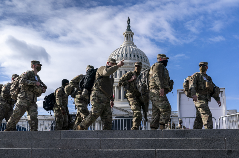 National Guard troops reinforce security around the U.S. Capitol ahead of the inauguration of President-elect Joe Biden and Vice President-elect Kamala Harris, Sunday, Jan. 17, 2021, in Washington. Photo: AP