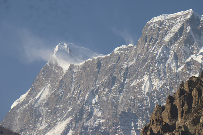 Mountains such as Annapurna, Gangapurna and Lamjung were snow-less as snowfall is delayed this year. Photo: RSS